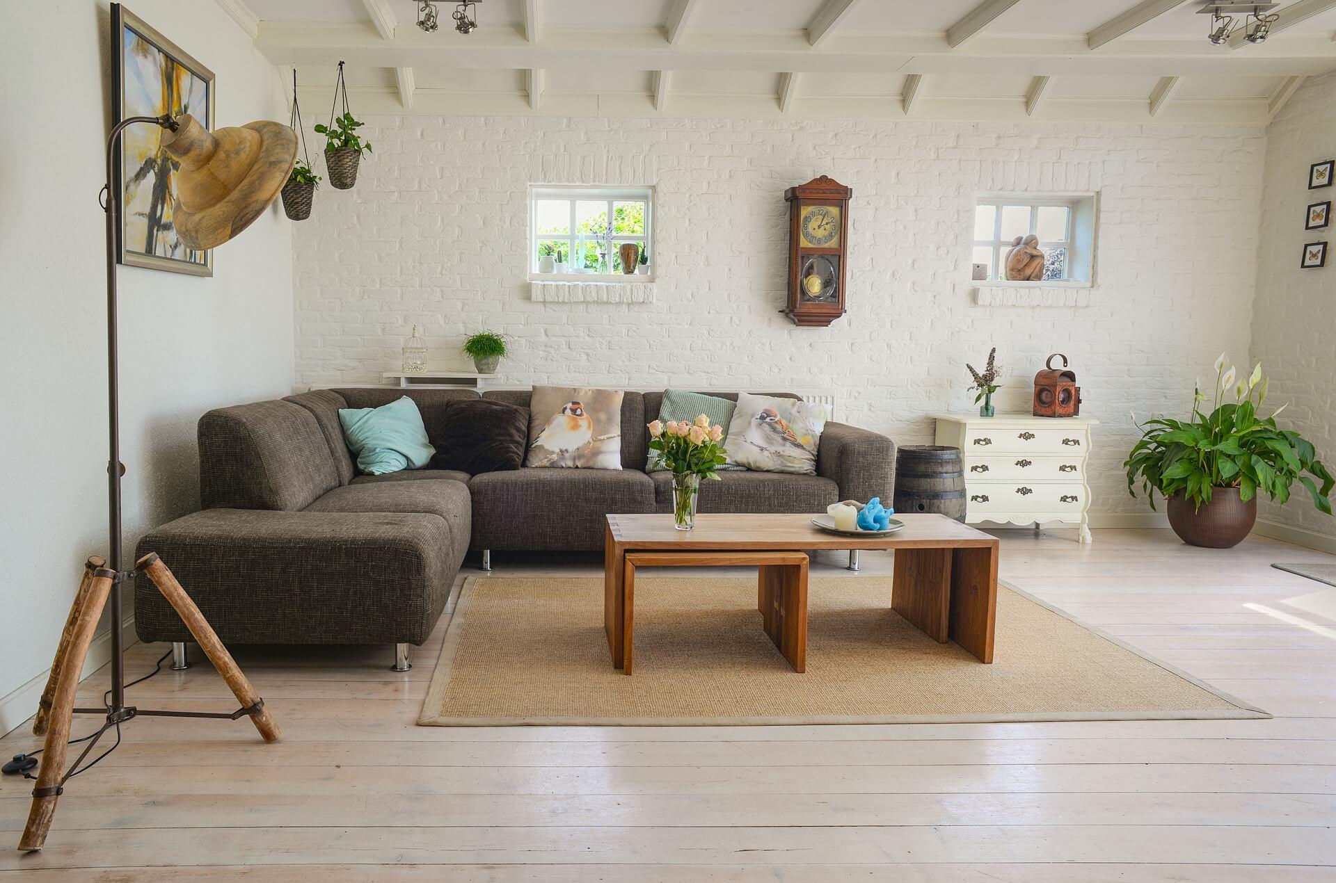 Ook in de woonkamer kun je vloerverwarming aanleggen